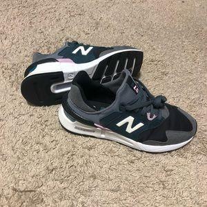 New Balance 997 Sport Sneaker. Size 6.5